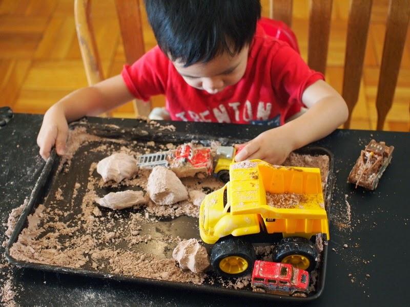 بازی با گِل مصنوعی..بازی موثر برای کاهش پرخاشگری کودک در روزهایی کرونایی