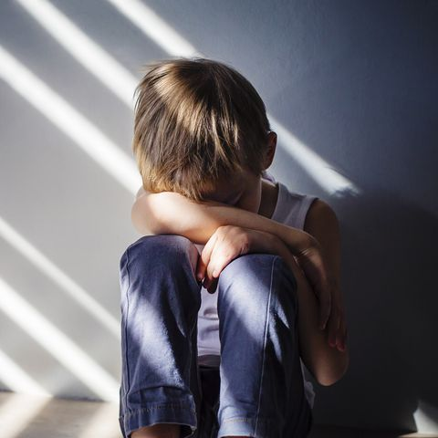 زمان بروز ترس، شادی و خجالت در کودکان